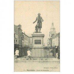 carte postale ancienne 80 MONTDIDIER. Statue de Parmentier