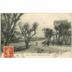carte postale ancienne 84 AVIGNON. Attelages Boulevard du Rhône 1910