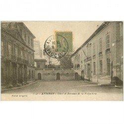 carte postale ancienne 84 AVIGNON. Hôtel et Bureaux de la Préfecture 1917