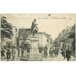 carte postale ancienne 84 CADENET. Place du Tambour d'Arcole et Coiffeur 1911