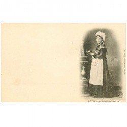 carte postale ancienne 85 FONTENAY LE COMTE. Superbe Jeune Fille en costume traditionnel vers 1900