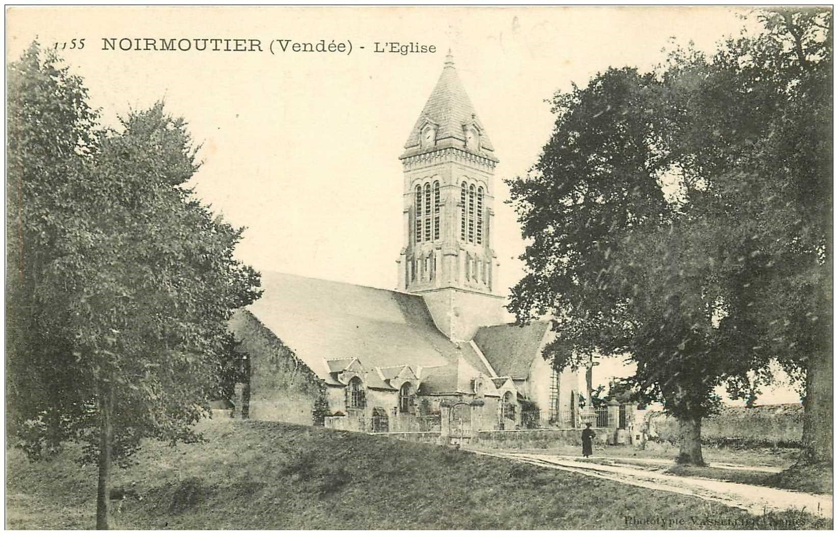 carte postale ancienne 85 ILE DE NOIRMOUTIER. Eglise et Cimetière