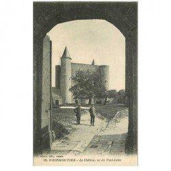 carte postale ancienne 85 ILE DE NOIRMOUTIER. Le Château vu du Pont Levis 1921