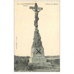 carte postale ancienne 85 ILE DE NOIRMOUTIER. Le Christ de la Mission 1921 timbre enlevé