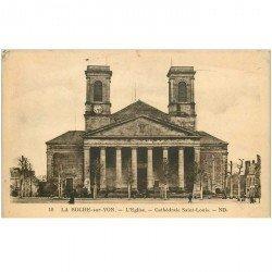 carte postale ancienne 85 LA ROCHE SUR YON. Eglise Cathédrale Saint Louis 1936 timbre manquant