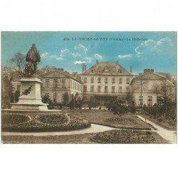 carte postale ancienne 85 LA ROCHE SUR YON. La Préfecture 1926