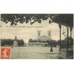 carte postale ancienne 85 LA ROCHE SUR YON. Place d'Armes 1912. Pli coin droit