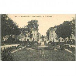 carte postale ancienne 85 LA ROCHE SUR YON. Place de la Préfecture