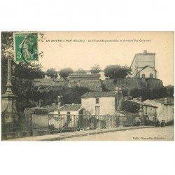 carte postale ancienne 85 LA ROCHE SUR YON. Pont Ecquebouille et le derrière des Casernes