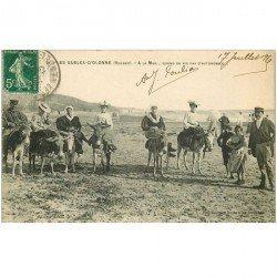 carte postale ancienne 85 LES SABLES D'OLONNE. A la Mer quand a pas Automobiles on a les Anes 1915