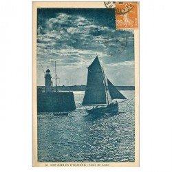 carte postale ancienne 85 LES SABLES D'OLONNE. Barque de Pêcheurs au Clair de Lune 1928