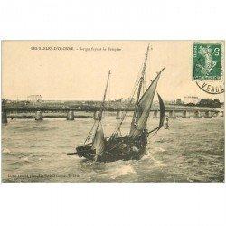 carte postale ancienne 85 LES SABLES D'OLONNE. Barque de Pêcheurs fuyant la Tempête 1912. Pêches et Poissons