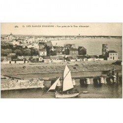carte postale ancienne 85 LES SABLES D'OLONNE. Bateau de Pêche vue de la Tour Arundel