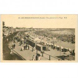 carte postale ancienne 85 LES SABLES D'OLONNE. La Plage et Cabine Bar Cinzano