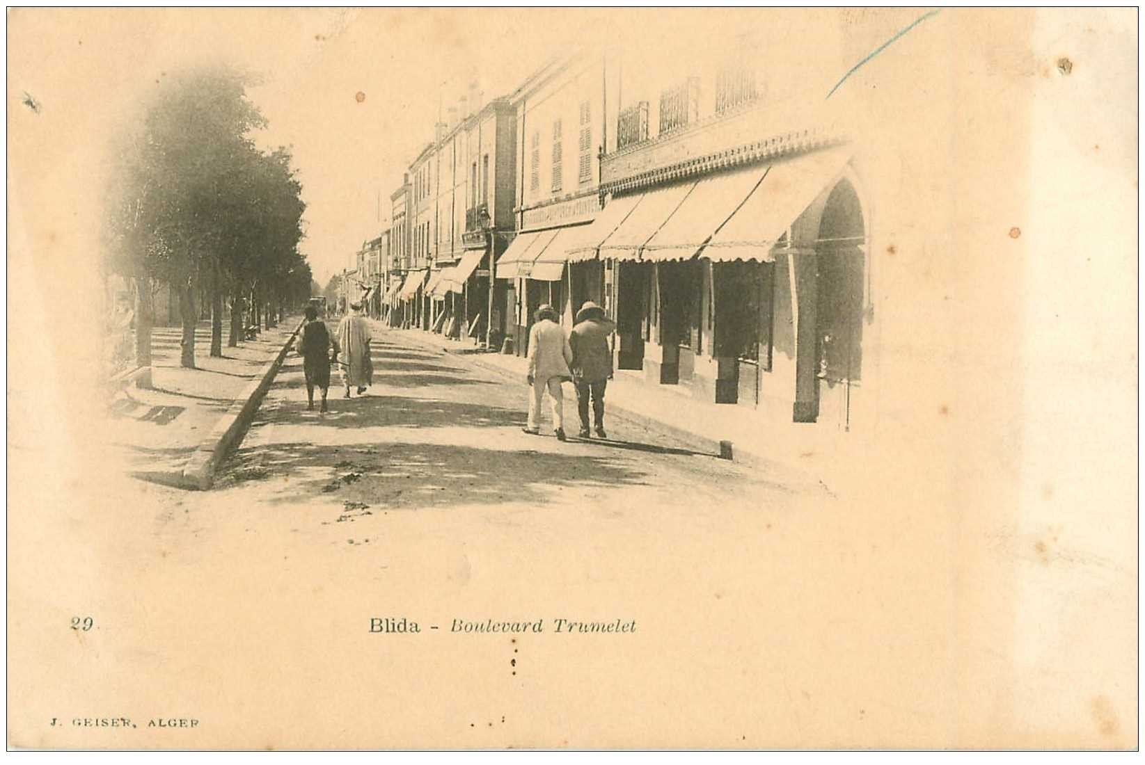 carte postale ancienne Algérie. BLIDA. Boulevard Trumelet vers 1900