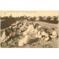 carte postale ancienne ALGERIE. Ecole Arabe dans l'Oasis 1922