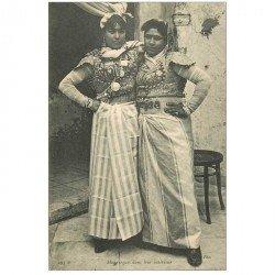 carte postale ancienne Algérie. Mauresque dans leur intérieur