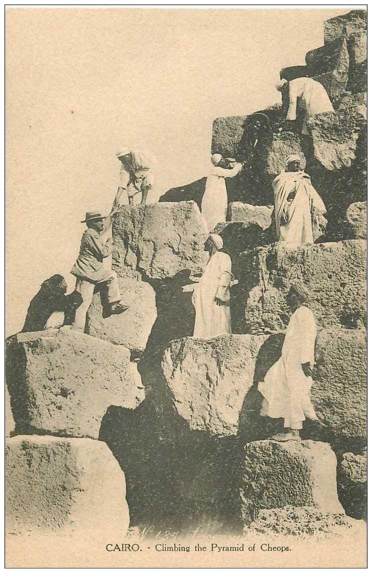 carte postale ancienne Egypte. LE CAIRE CAIRO. Montée de la Pyramide de Cheops Kléops