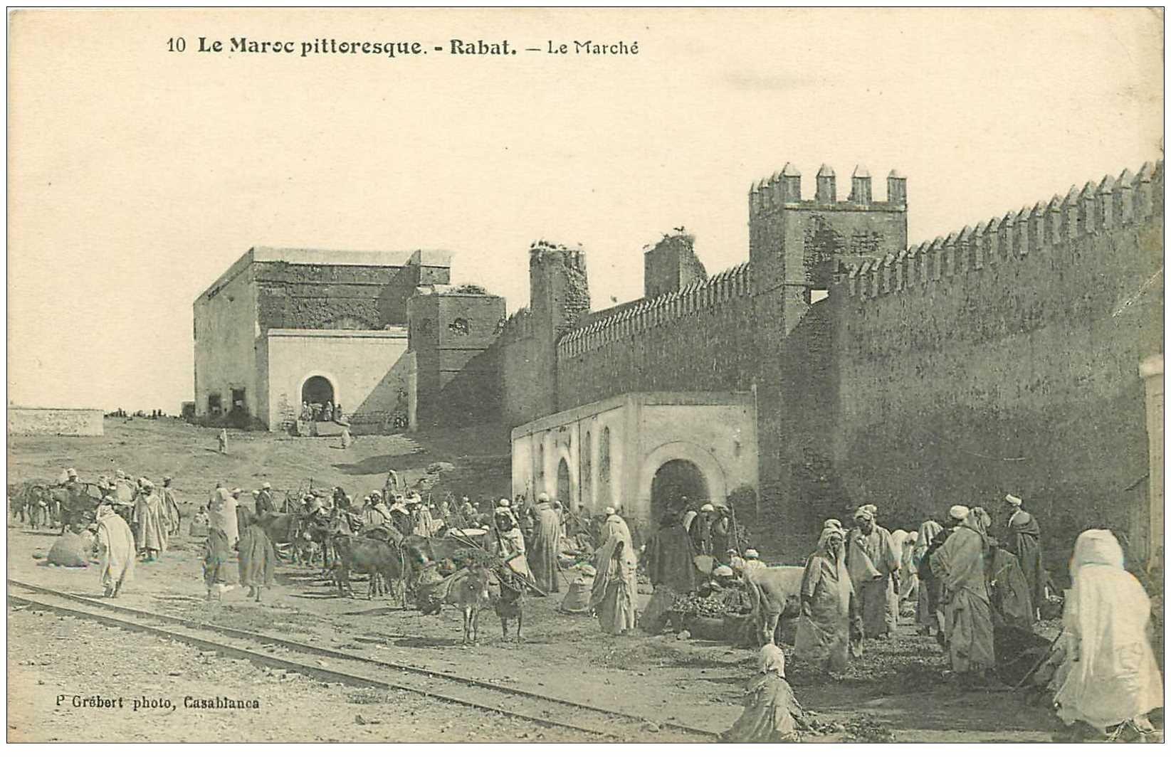 carte postale ancienne Maroc. RABAT. Le Marché 1914