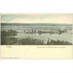 carte postale ancienne GABON. Pêcheurs dans les Rapides en face de Banzyville vers 1900