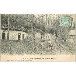 carte postale ancienne 02 MONS-EN-LAONNOIS. Les Creutes 1906