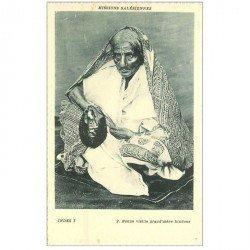 carte postale ancienne INDE. Bonne vieille Grand Mère Hindoue