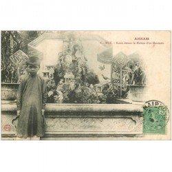 carte postale ancienne VIET NAM. Annam Hué. Ecran devant la Maison d'un Mandarin 1909