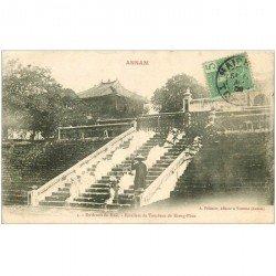 carte postale ancienne VIET NAM. Annam. Escaliers Tombeau de Kieng Phuc 1908
