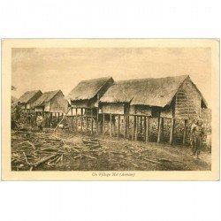 carte postale ancienne VIET NAM. Annam. Un Village Moï