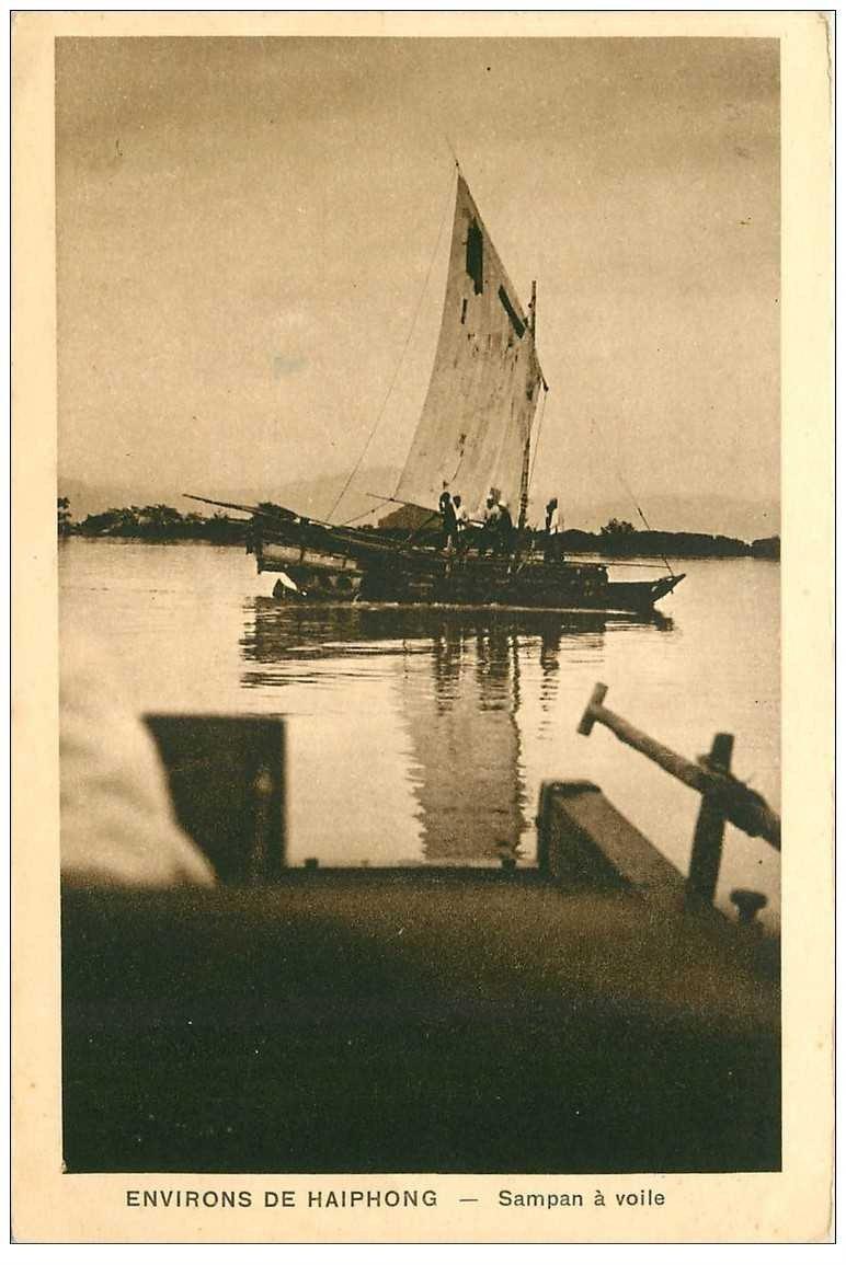 carte postale ancienne VIET-NAM. Haiphong Sampan à voile