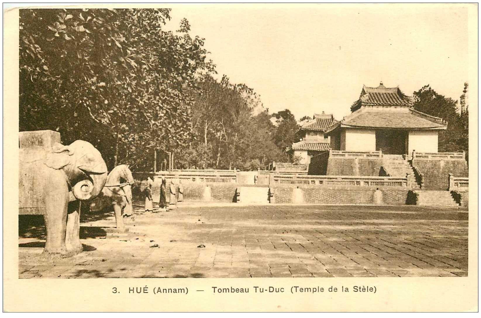carte postale ancienne VIET-NAM. Hué Annam. Tombeau Tu Duc Temple de la Stèle