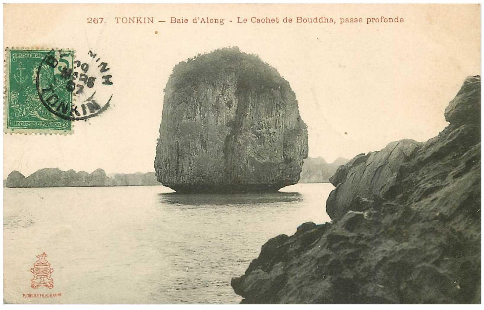 carte postale ancienne Viêt-Nam. TONKIN. Baie Along Cachet de Bouddha passe profonde 1907