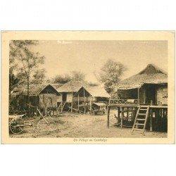 carte postale ancienne CAMBODGE. Un Village