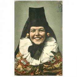 carte postale ancienne ALLEMAGNE. Schaumburg Lippische Landestracht 1908. Petit pli petit coin droit