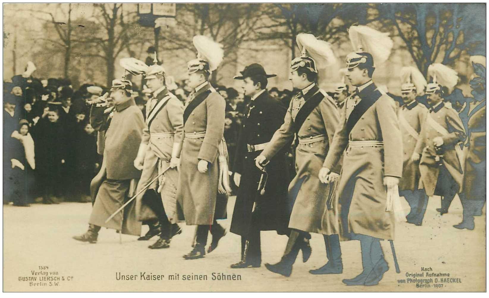carte postale ancienne Fotokaart BERLIN. unser Kaiser mit seinen Söhnen 1907