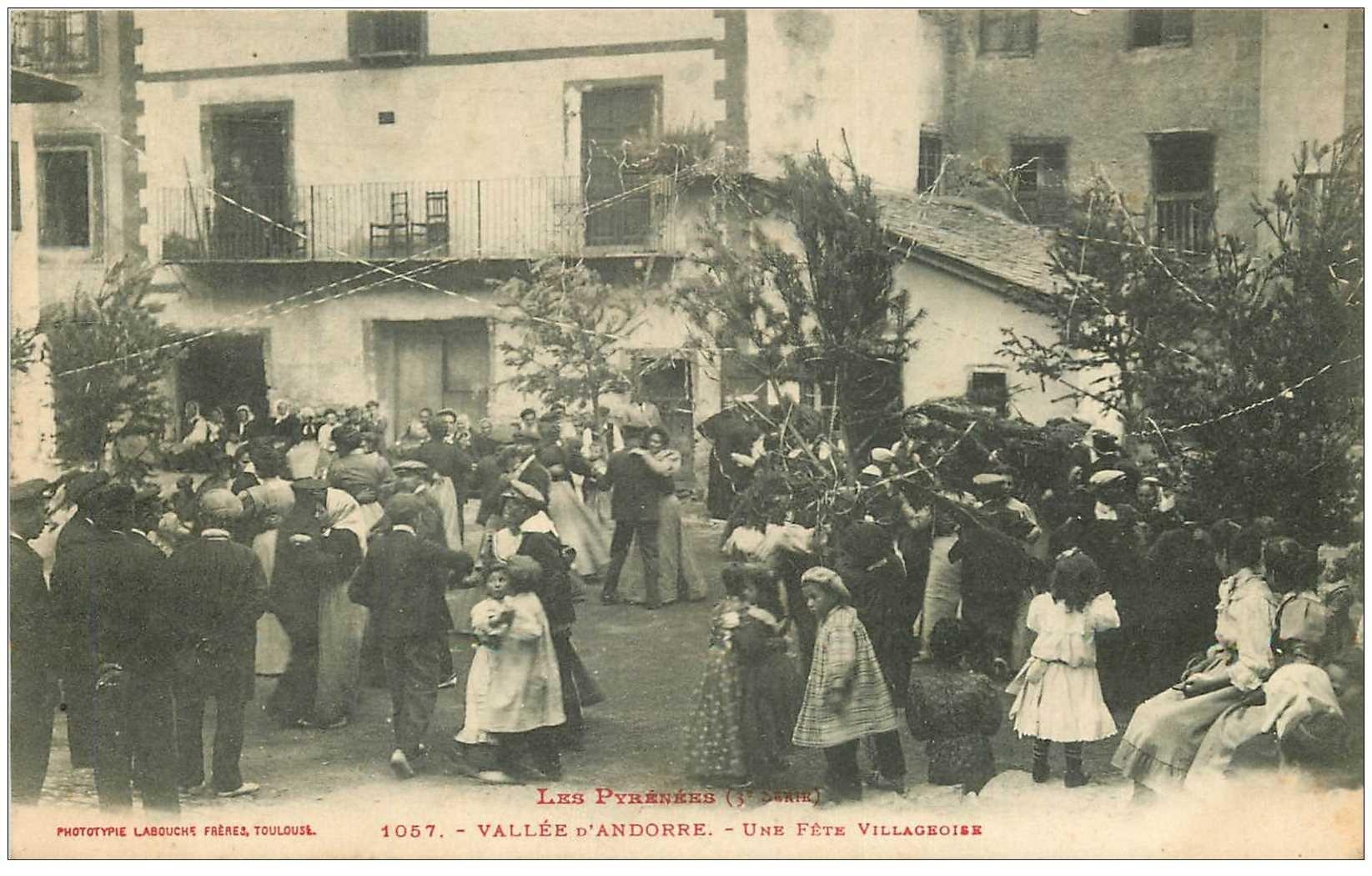 carte postale ancienne VALLS D'ANDORRA. Une Fête Villageoise à Andorre 1909