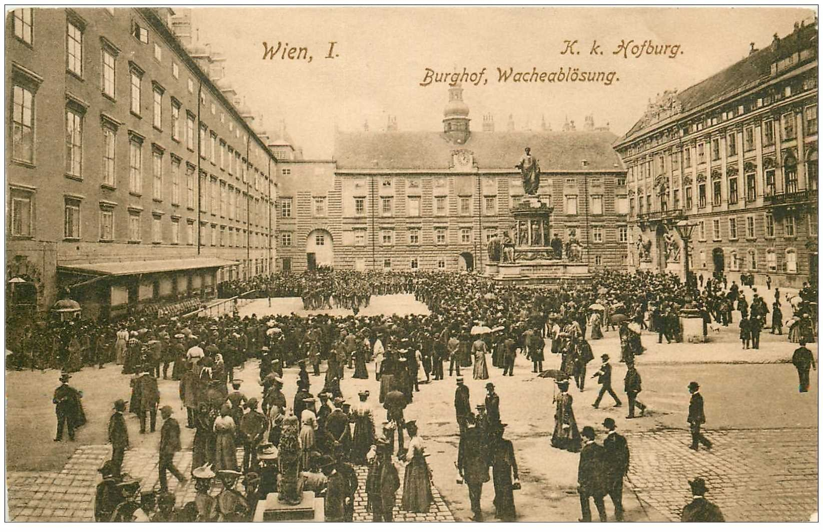 carte postale ancienne AUTRICHE OSTERREICH. Wien Hofburg Burghof Wacheablösung Vienne
