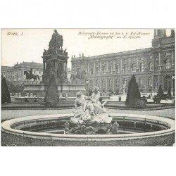 carte postale ancienne WIEN VIENNE. Monumental Brunnen Hof Museen Waldnymphe