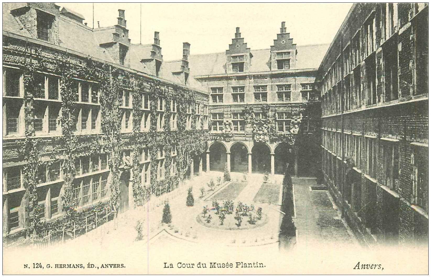 carte postale ancienne ANVERS. Cour du Musée Plantin