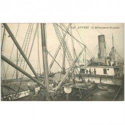 carte postale ancienne ANVERS. Le déchargement de grains de la soute du Navire 1909. Métiers de la Mer