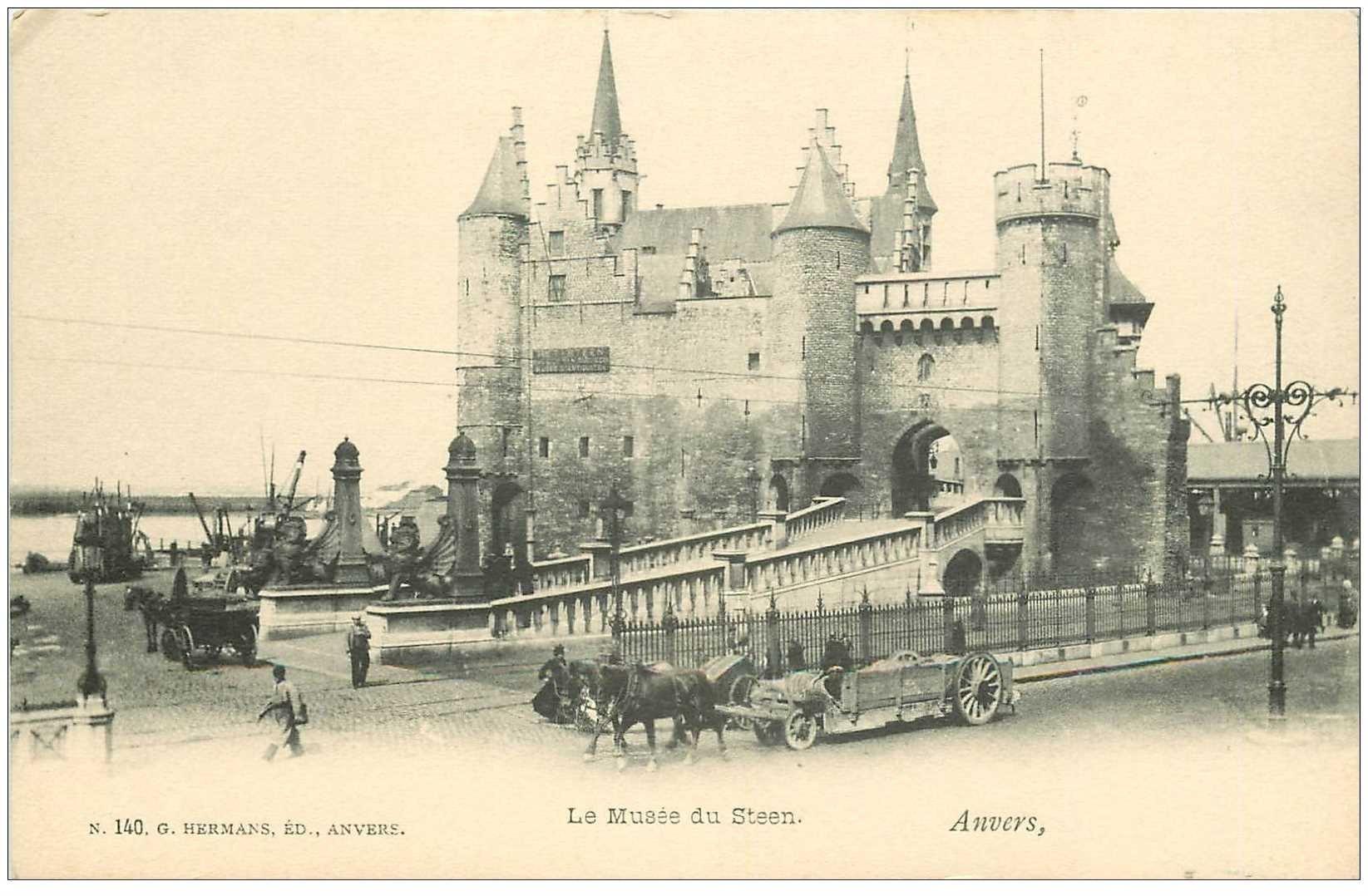 carte postale ancienne ANVERS. Musée du Steen avec attelages