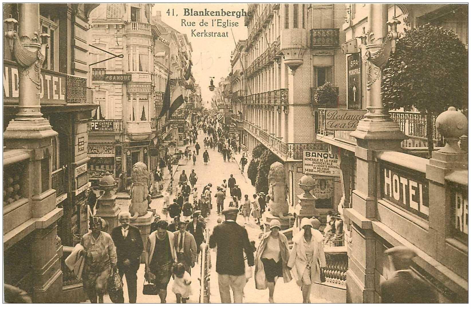 carte postale ancienne Belgique. BLANKENBERGHE rue de l'Eglise Kerstraat