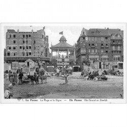 carte postale ancienne Belgique. LA PANNE. Plage et Digue vers 1936 avec Anes et Mules