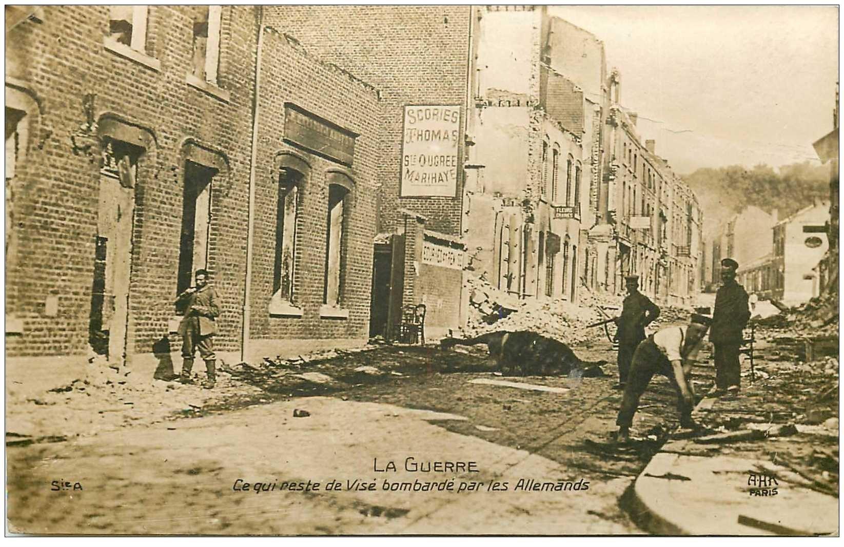 carte postale ancienne Belgique. VISE Ville bombardée par les Allemands Photo carte postale