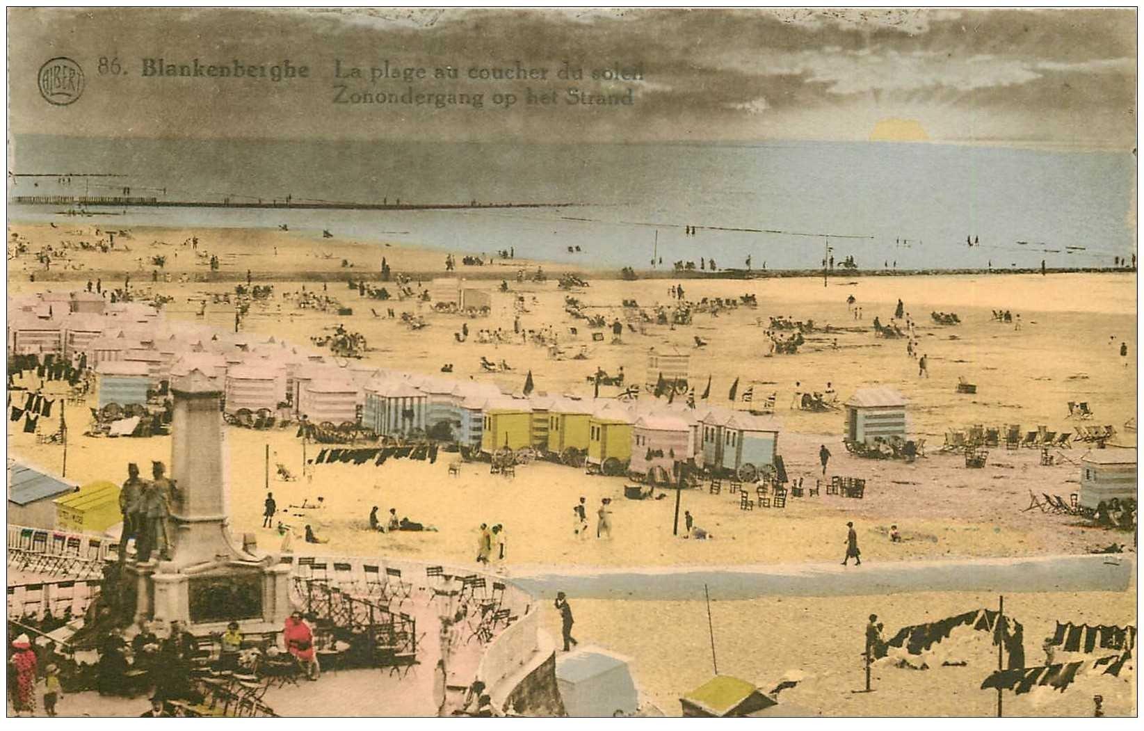 carte postale ancienne BLANKENBERGHE. Plage au coucher du Soleil 1935
