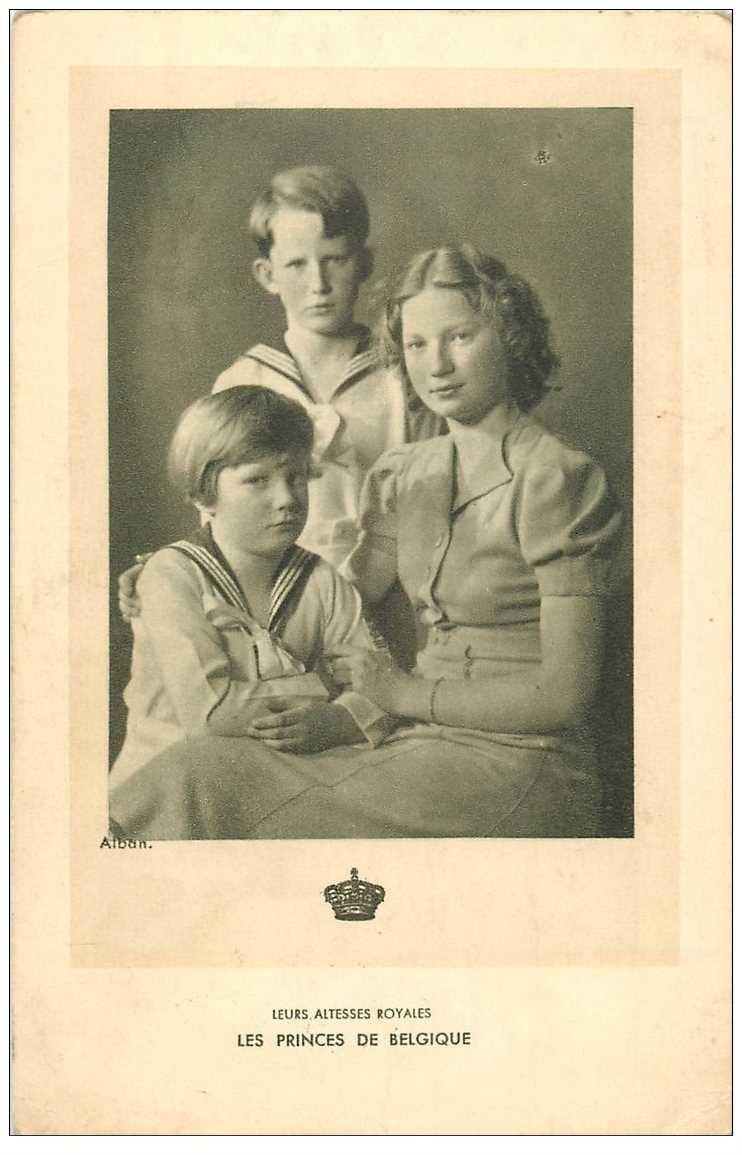 carte postale ancienne FAMILLE ROYALE BELGE. Les Princes. Timbre manquant verso