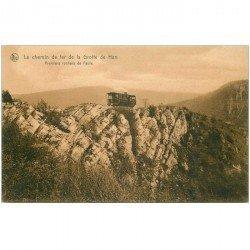 carte postale ancienne GROTTES DE HAN. Train sur Chemin de Fer aux Premiers Rochers de Faule