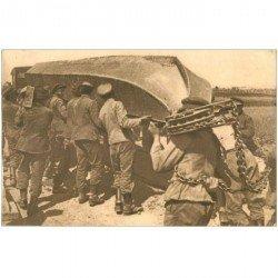 carte postale ancienne GUERRE 1914-18. Pontage déchargement du Haquet