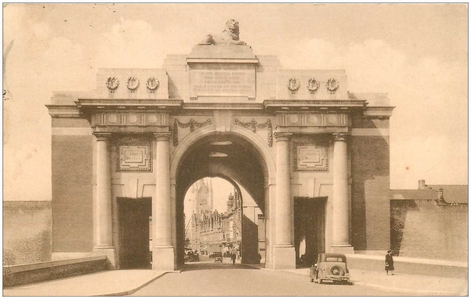 carte postale ancienne YPRES IEPER. Porte de Menin 1935