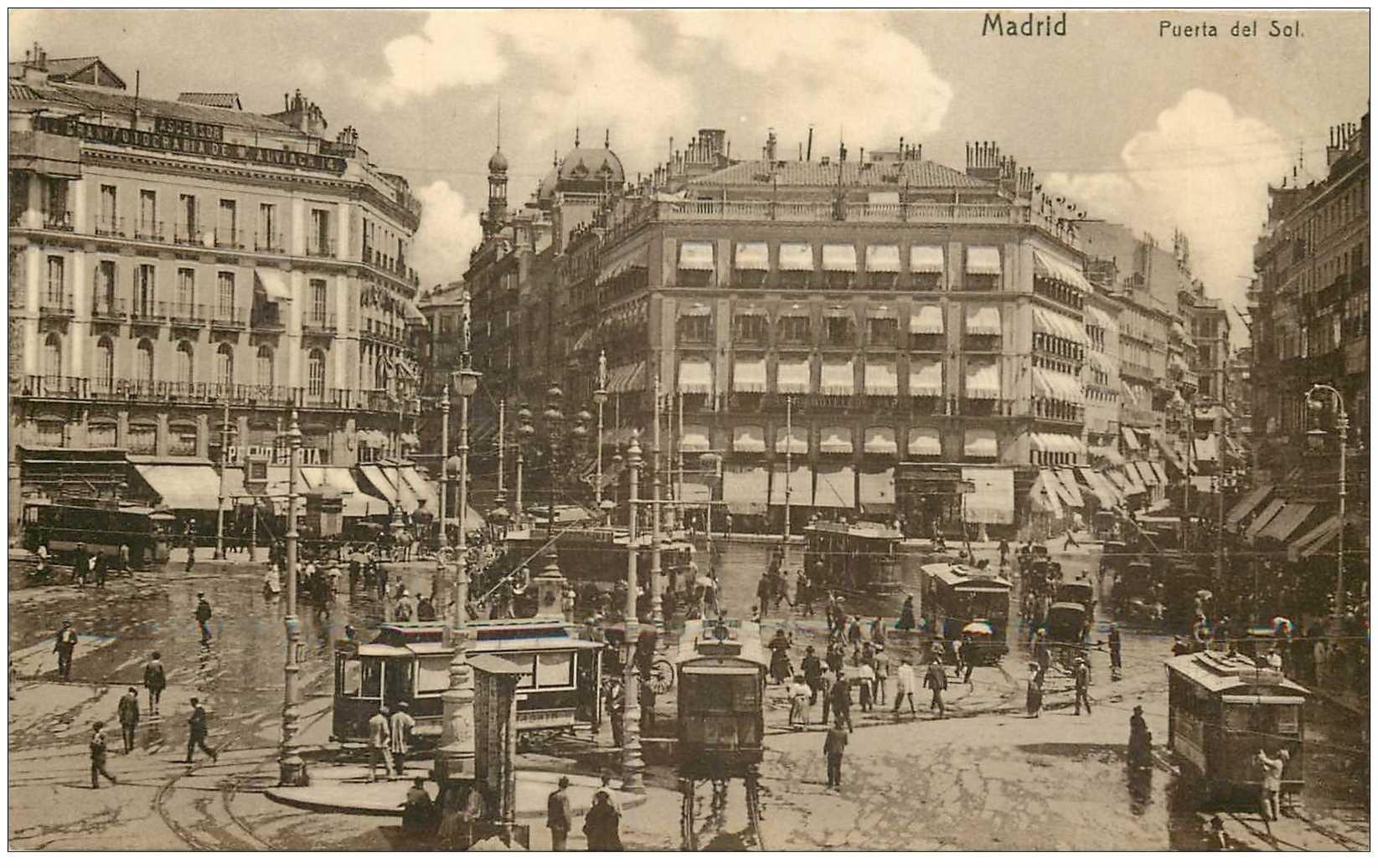 carte postale ancienne ESPAGNE. Madrid. Tramways Puerta del Sol